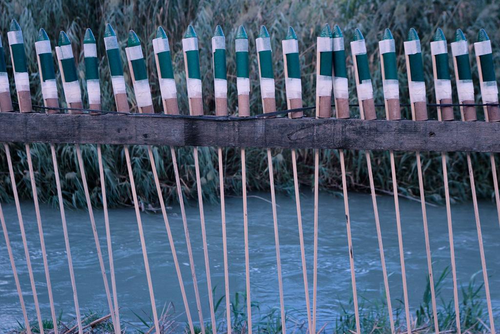 Cohetes en Ojos a las del Rio Seguro