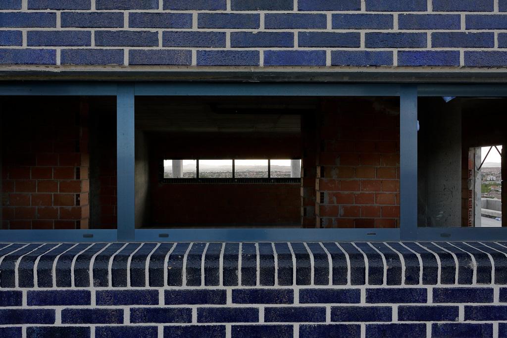 Detalle ladrillos visto azul