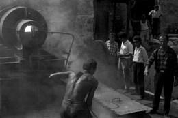 Angjelin Nenshati, Inaugurazione della macchina asfaltatrice, 1968