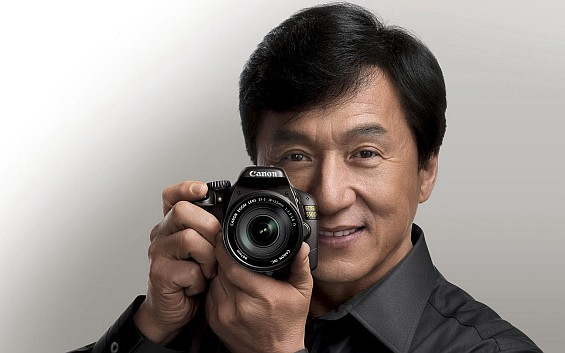 Jackie-Chan-and-Canon-camera