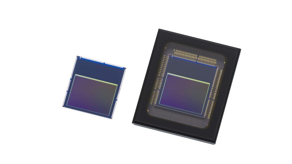 Die Intelligent-Vision-Sensoren von Sony: IMX500 (links), IMX501 (rechts).