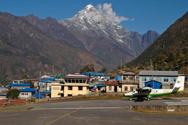gezi-nepal-lukla-havaalani