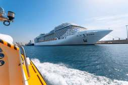 puerto-barco-barcelona-