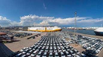 helicoptero-vista-barcelona-aerea-fotografia-dron-coches-barco