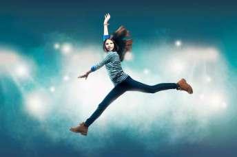 retrato-strobist-siqui-sanchez-saltando-chica