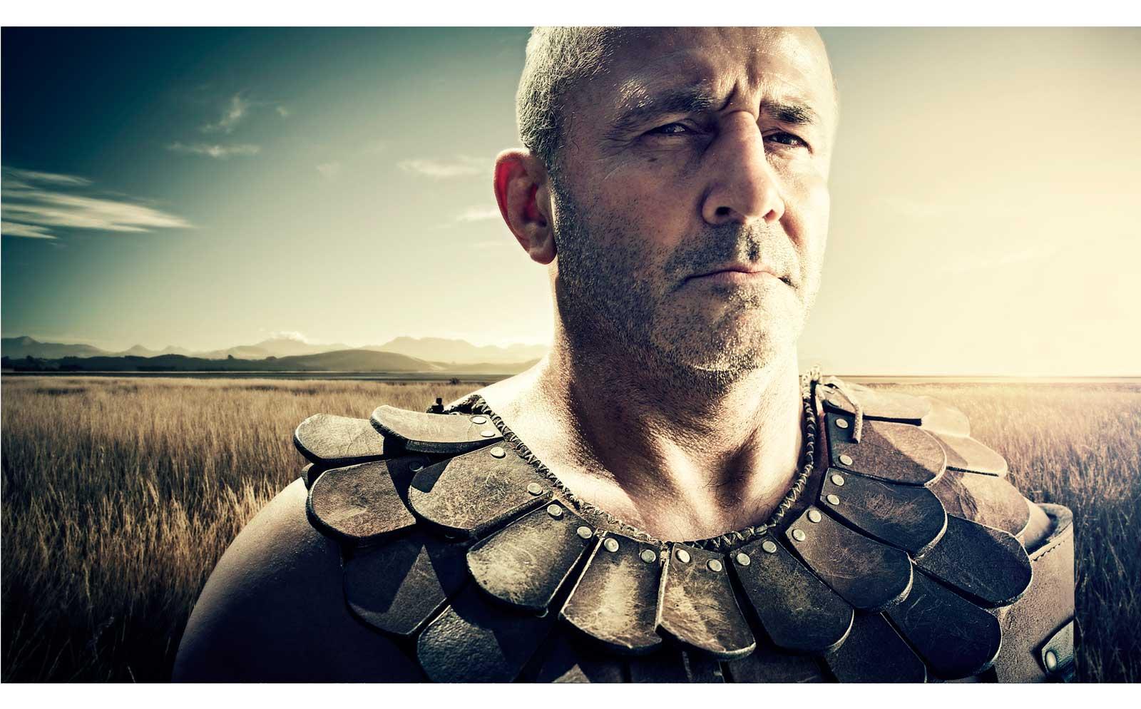 gladiator-soldado-romano-campo-field-trigo-verano