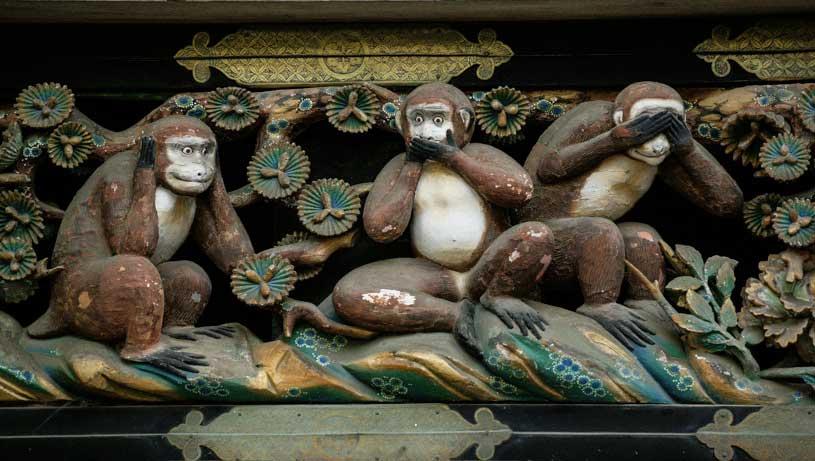 monos-templo-nikko-japon