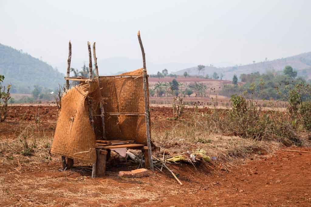 toilet-birmania