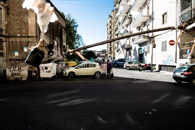 DSCF71402 - Fotografia di strada, con quale obiettivo? - fotostreet.it