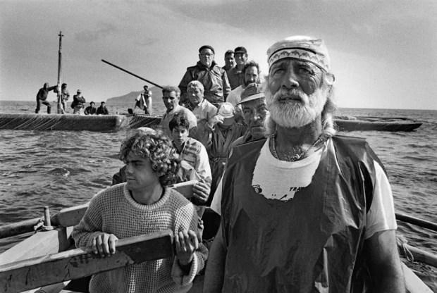 sebastiao salgado workers tuna fishing italy big - La mano dell'uomo [Workers] - Salgado - [RECENSIONE] - fotostreet.it