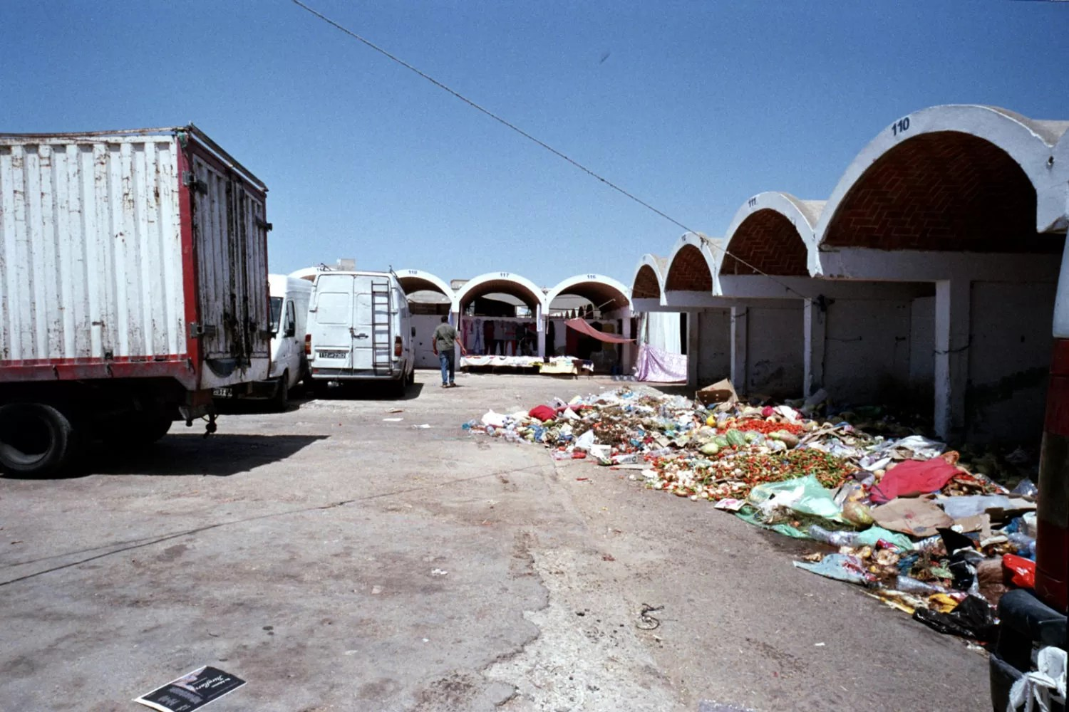 2017 09 01 31 e1512503045124 - Beyond the market (Nabeul -Tunisia) a Film Street Photography Session with leica M6 - fotostreet.it
