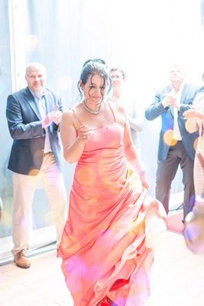 Hochzeit, Paar, Heirat, Foto, Fotoshooting, Shooting, romantisch, verliebt, Romantik, heiraten, wedding, ja, schönster tag, Natur, Glück, glücklich, klassisch, gefühlsvoll, exklusiv, extravagant, frech, lässig, lustig, Hochzeitsfotos, Hochzeitsfotografien, emotional, gefühlsbeton, Momente, Tag, elegant, Liebe, Kleid, Brautkleid, Braut, Bräutigam, Brautpaar, Fotos, Fotografien, Fotograf, Fotostudio, schön, modern, Hochzeitsfotografin, Diez, Limburg, Hahnstätten, Holzheim, Gefühle, Emotionen, outdoor, draußen, location, 2016, Hadamar, Rosengarten, Tanz, Party