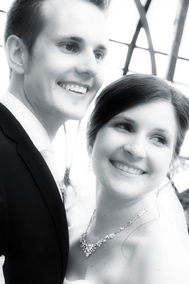Schloß Oranienstein, Hochzeit, Paar, Heirat, Foto, Fotoshooting, Shooting, romantisch, verliebt, Romantik, heiraten, wedding, ja, schönster tag, Glück, glücklich, klassisch, gefühlsvoll, exklusiv, extravagant, frech, lässig, lustig, Hochzeitsfotos, Hochzeitsfotografien, emotional, gefühlsbeton, Momente, Tag, elegant, Liebe, Kleid, Brautkleid, Braut, Bräutigam, Brautpaar, Fotos, Fotografien, Fotograf, Fotostudio, schön, modern, Hochzeitsfotografin, Diez, Limburg, Hahnstätten, Holzheim, Gefühle, Emotionen, outdoor, draußen, location,