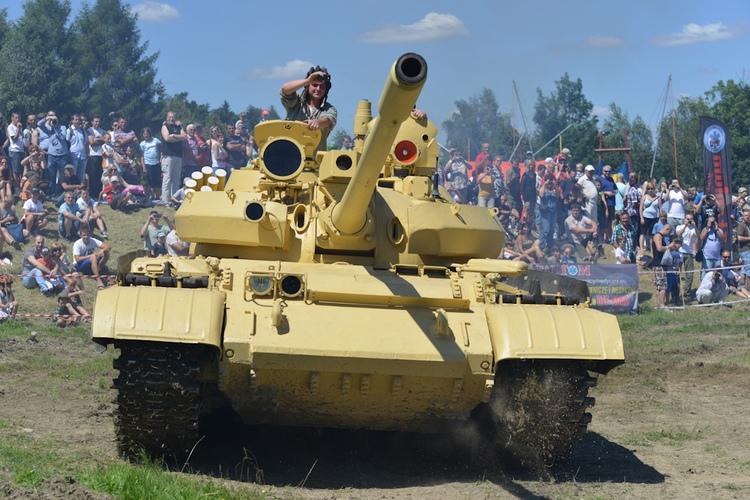 Czołg średni T-55AM Merida