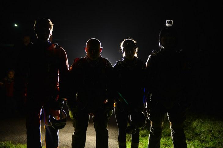 Nocne skoki spadochronowe w Bielsku-Białej