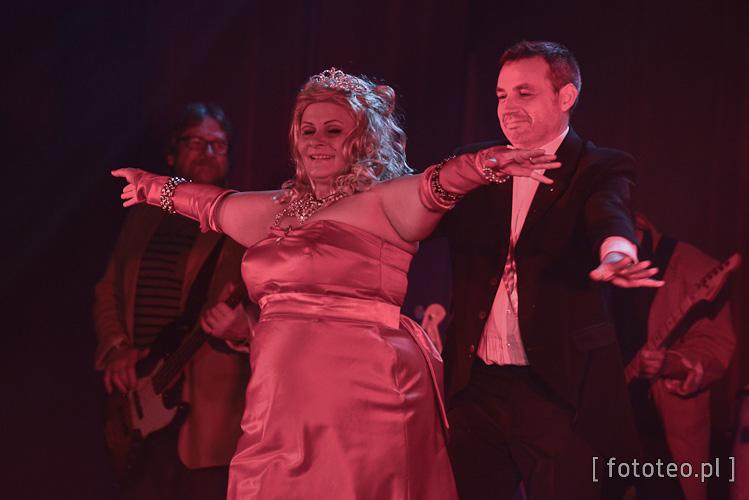 Beata Macura jako Madonna