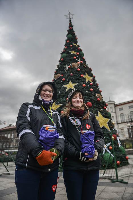 Wolontariuszki z puszkami WOŚP w Bielsku-Białej