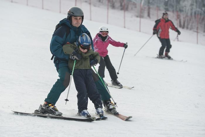 Nauka jazdy na nartach w Beskidach, Dębowiec