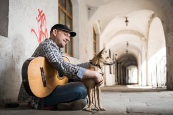 Piotr Mirecki, muzyk zespołu Dzień Dobry