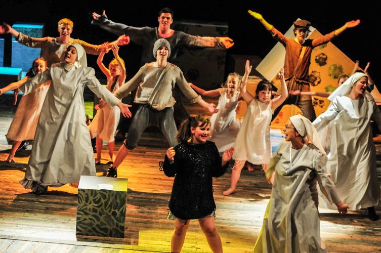 0241-fotografia-teatr-Bielsko-skarb