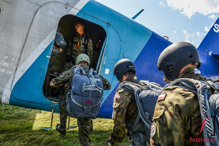Cwiczenia spadochronowe Bielsko-Biala
