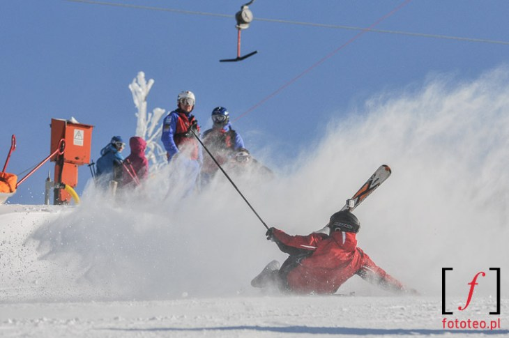 Redbull zjazd na kreche Szczyrk, wywrotka narciarza