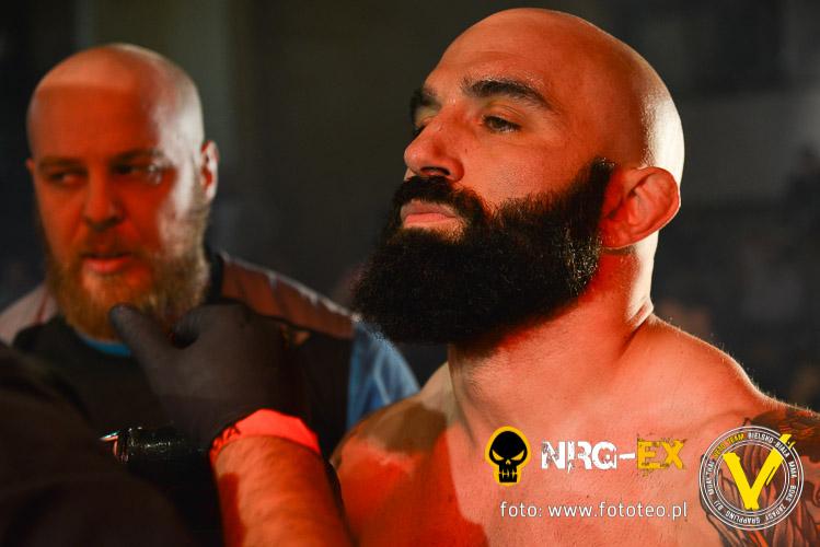 Zawodnik MMA sportowiec Guliano Pennese