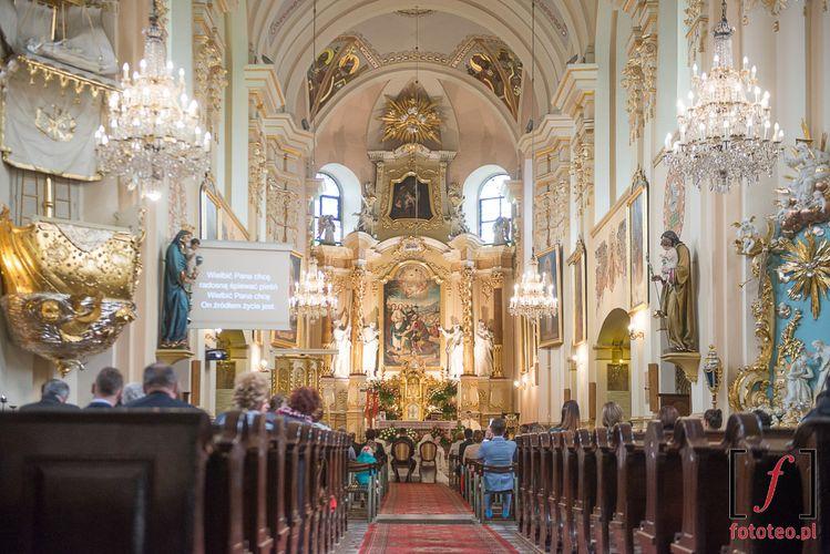 Parafia Opatrzności Bożej, wnętrze kościoła