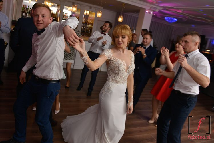 Taniec z panią młodą Bielsko
