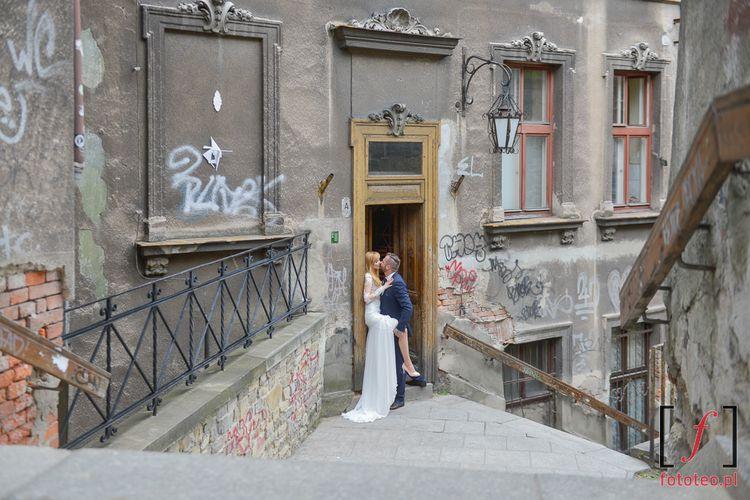 Ulica schodowa podczas sesji ślubnej