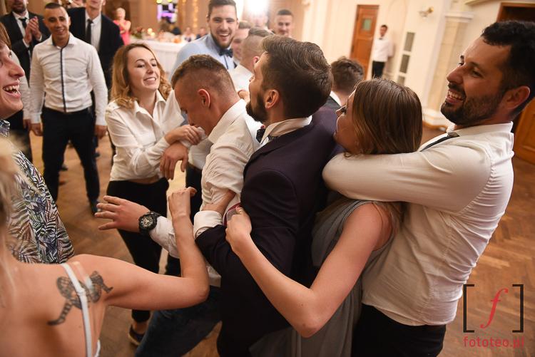 Zabawa weselna oczepiny
