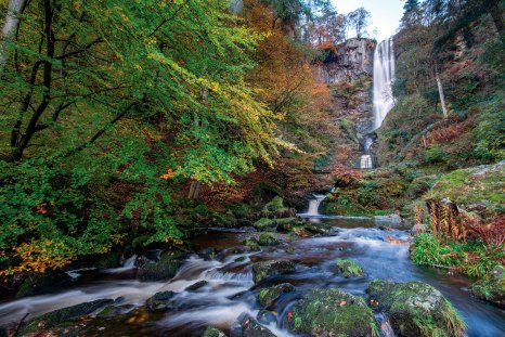 Pistil Rhaeadr shot with a wide lens early morning in autumn. Nikon D800, 16-35 at 16mm, 1.3 sec @ f/16, iSO 100, tripod