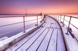 On a Cold and Frosty Morning, Blyth Pier in January. Canon EOS 7D, Sigma 10-20mm at 10mm, ISO 100, 30s at f/9, Tripod. © Anita Nicholson.
