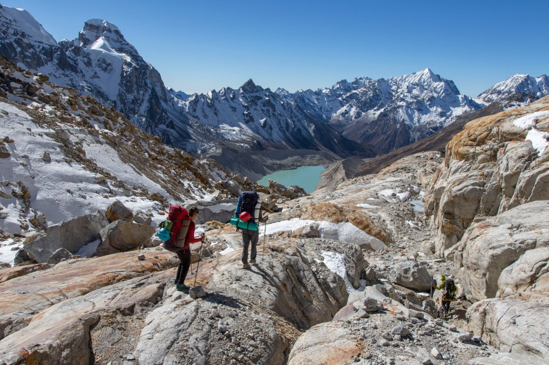 On the descent from Nangmari II. Canon 5D MkIII, 24-105mm at 28mm, ISO 100, 1/250 sec at f/10. © Stuart Holmes.