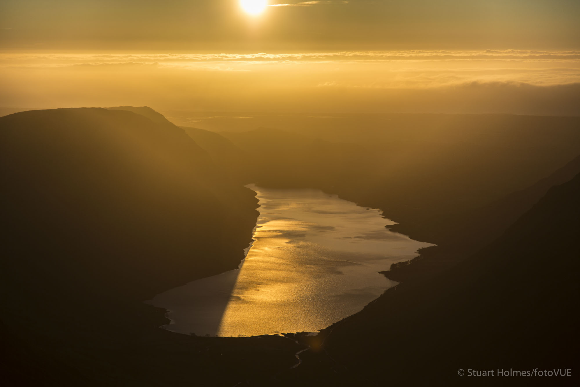 Wastwater gold from below the summit of Great Gable. Canon 5D Mk III, 24-105mm at 90mm, ISO 100, 1/2000s at f/4. © Stuart Holmes.