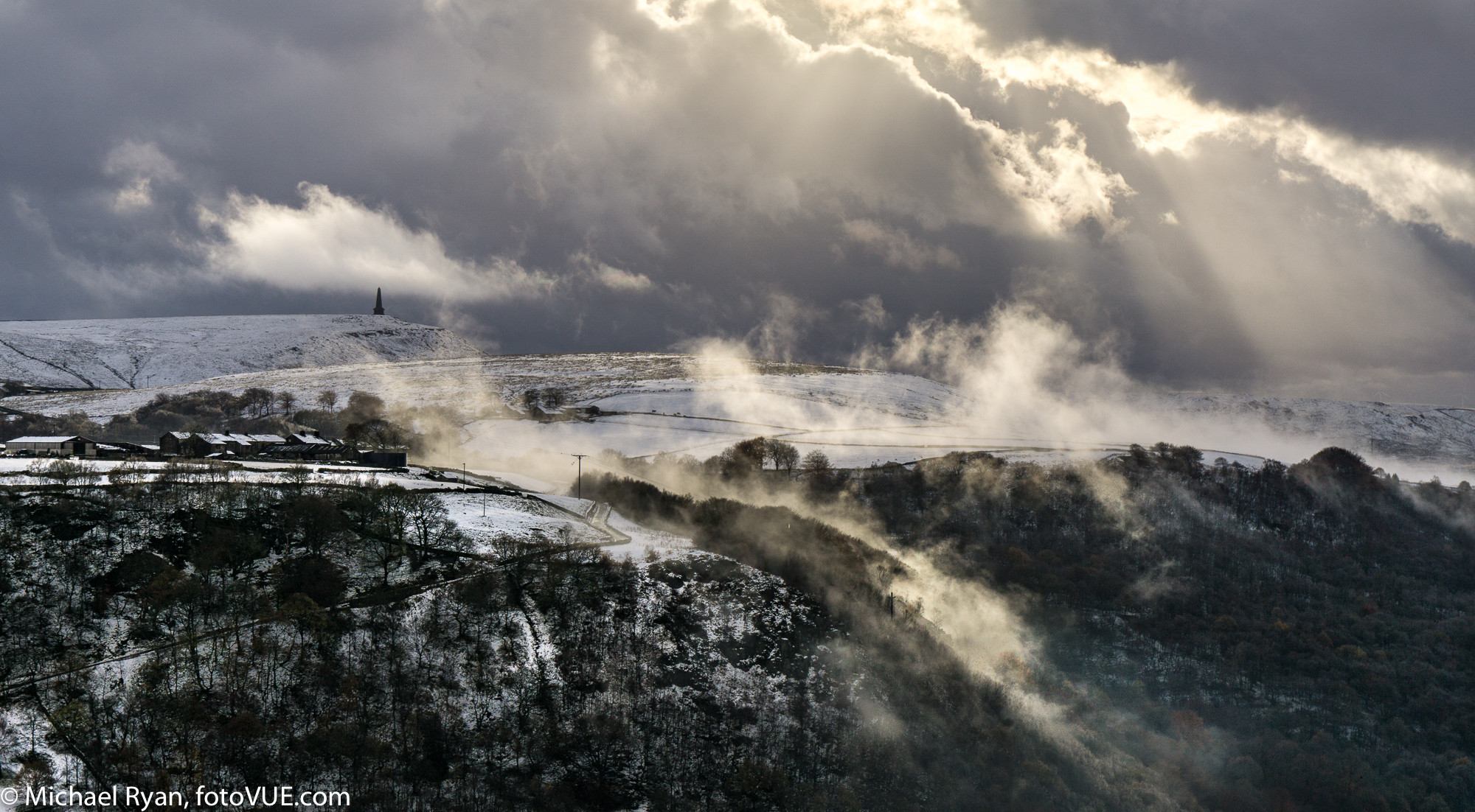 Stoodley Pike. Sony A6000, Sony E 16-55mm f/4 at 25mm, ISO 100, 1/60s at f/9.5. Handheld. November © Mick Ryan