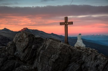 Sunrise looking west from the summit of Monte Castellazzo at sunrise. Nikon D810, 24-70 at 70mm, ISO 100, 1/80s at f/4.5, October. ©James Rushforth