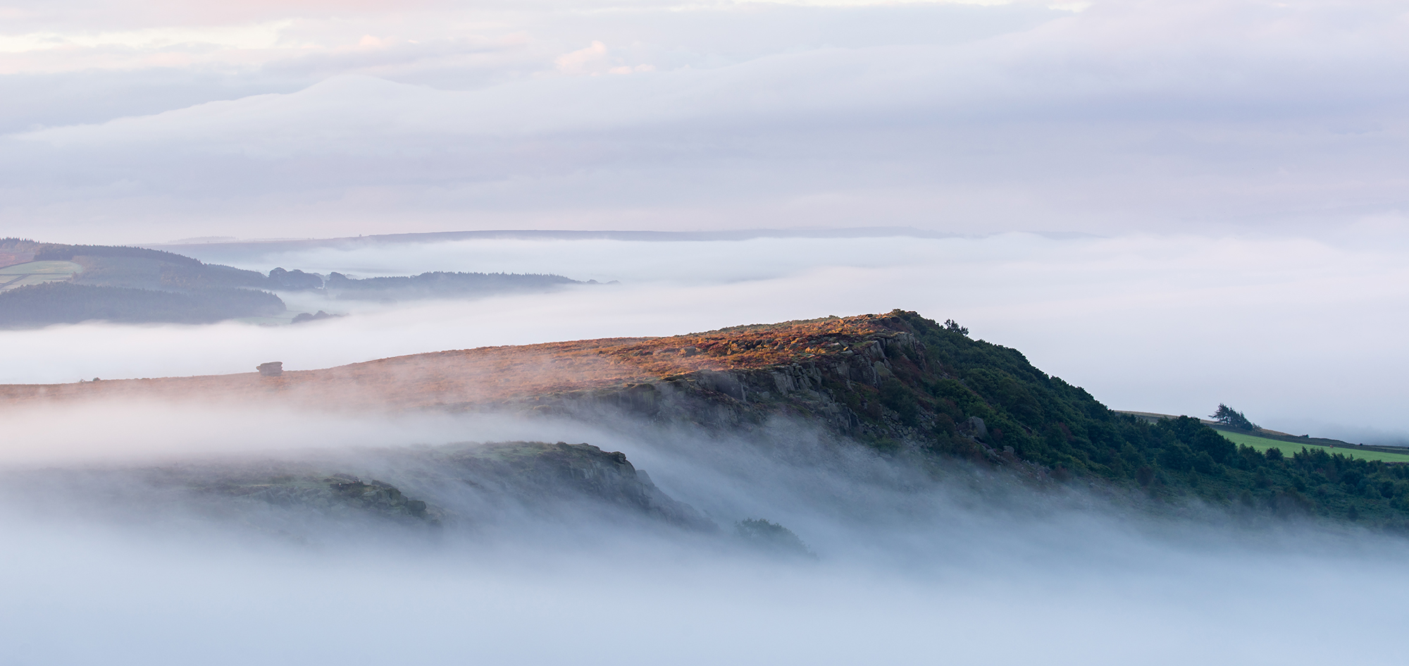 From Curbar looking across to Baslow Edge. Sony A7r, Canon EF 70-200mm f/2.8 at 98mm ISO 100, 1/13s at f/11. Tripod. 6.24am, August 16th, 2016. © Andrew Yu