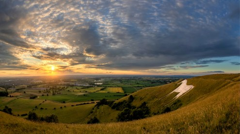 UK20-499 Sunset at Westbury White Horse,_lightened:sat