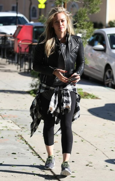 Hilary-Duff-our-workout-wear