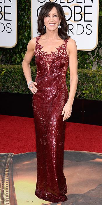felicity-huffman-burgundy-sequin-gown