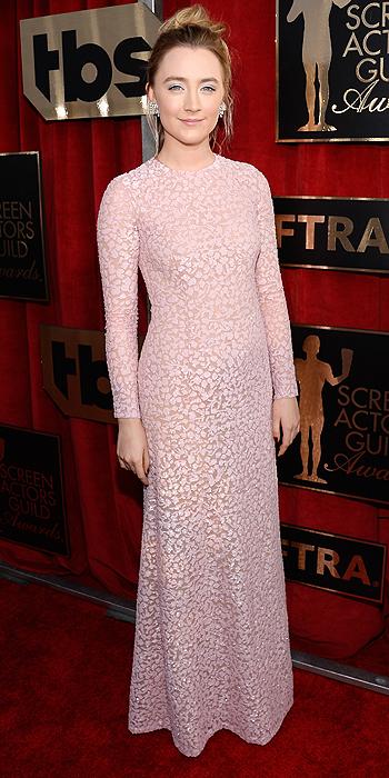 Saoirse Ronan SAGs 2016 Pink Michael Kors