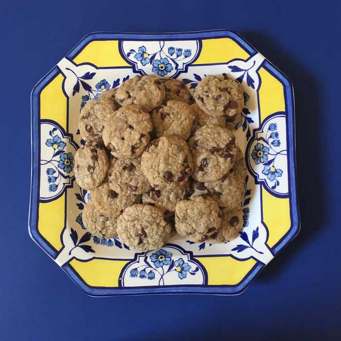 chocolate-chip-cookies-on-a-plate
