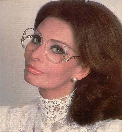 look older old eyewear outdated sophia Loren oversize glasses