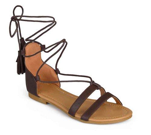 Alessandra Ambrosio detailed denim look for less sandal
