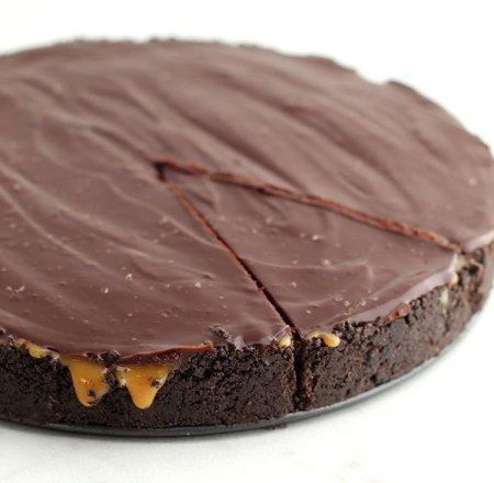 slice of Salted Caramel Chocolate Pie