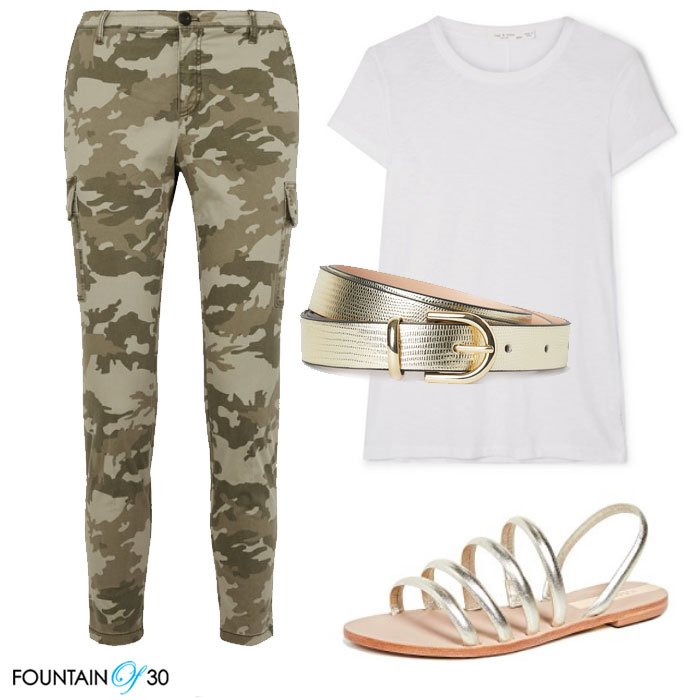 Camouflage patterns pants whit tee gold sandals fountinof30