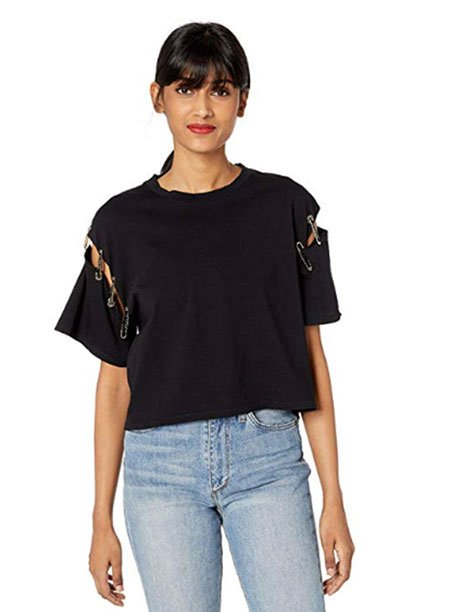 jessica biel casual black t-shirt with Pins fountainof30