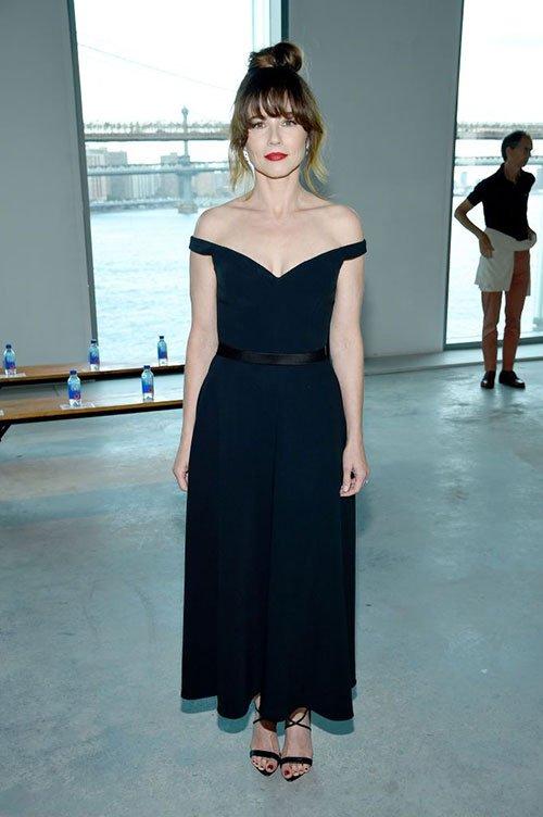 Linda Cardellini black dress at Jason Wu Collection Spring 2020