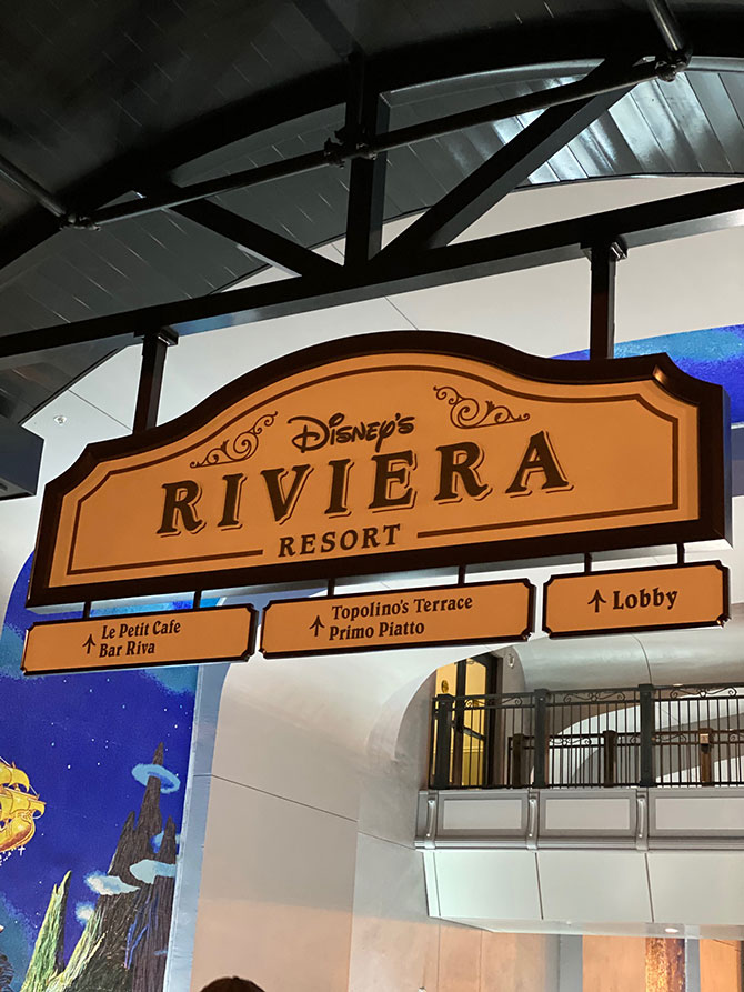 Disney's Riviera Resort signs fountainof30